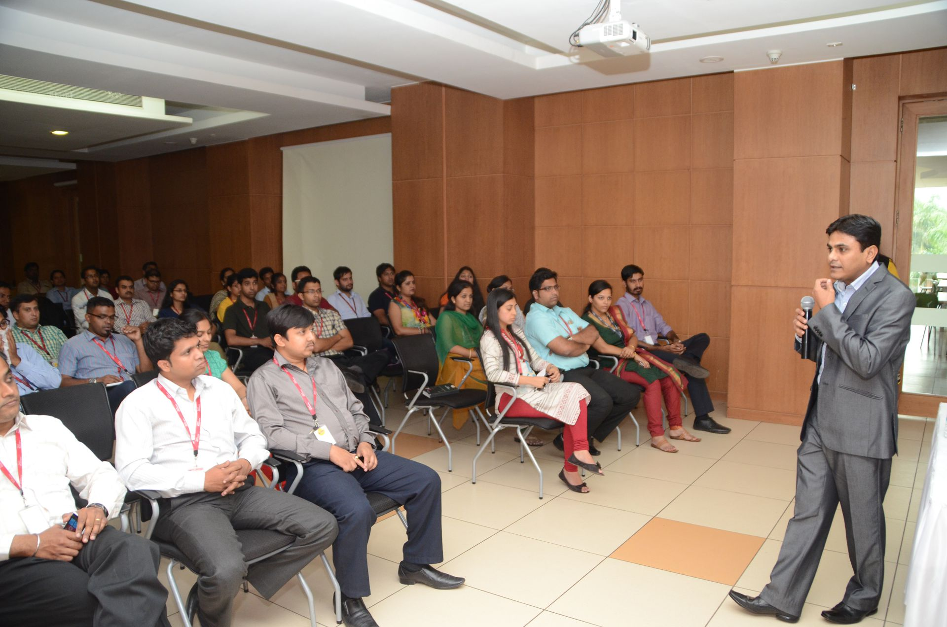Sandip Arsude Graphology Class at Tech Mahindra